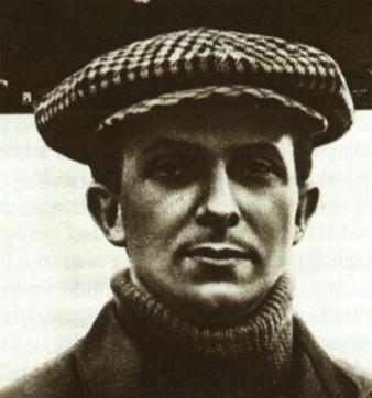 JORGE CHAVEZ DARTNELL, nació en París el 13 de Enero de 1887, realizó sus estudios de ingeniería en la Escuela Violet de Electricidad y Mecánica ... - chaves